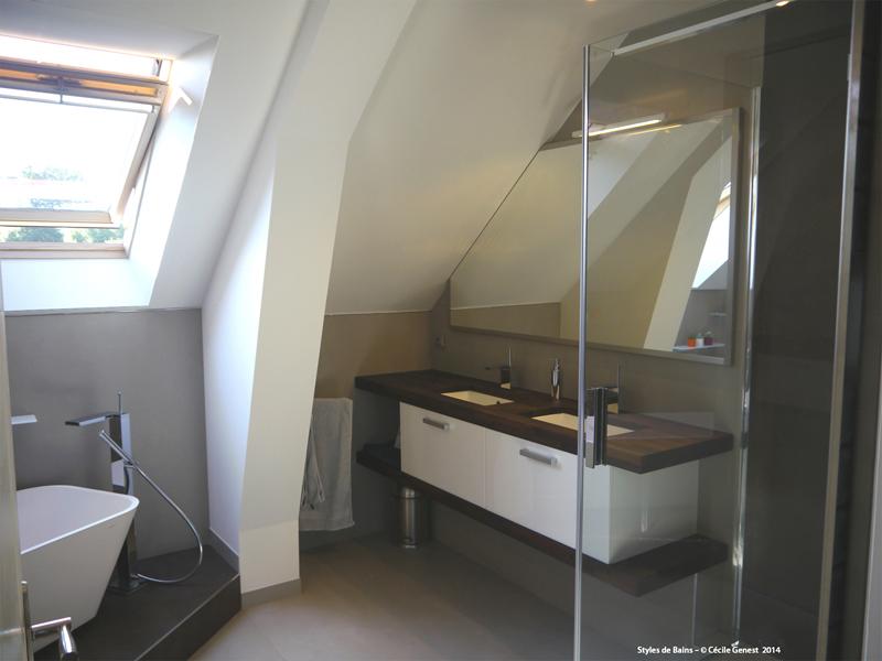 Creation salle de bain etage id e inspirante pour la conception de la maison for Renovation salle de bain rennes