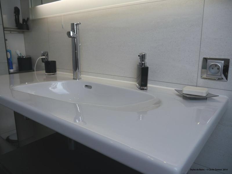 Salle de bain rennes nos realisations en r novation et for Prises salle de bain